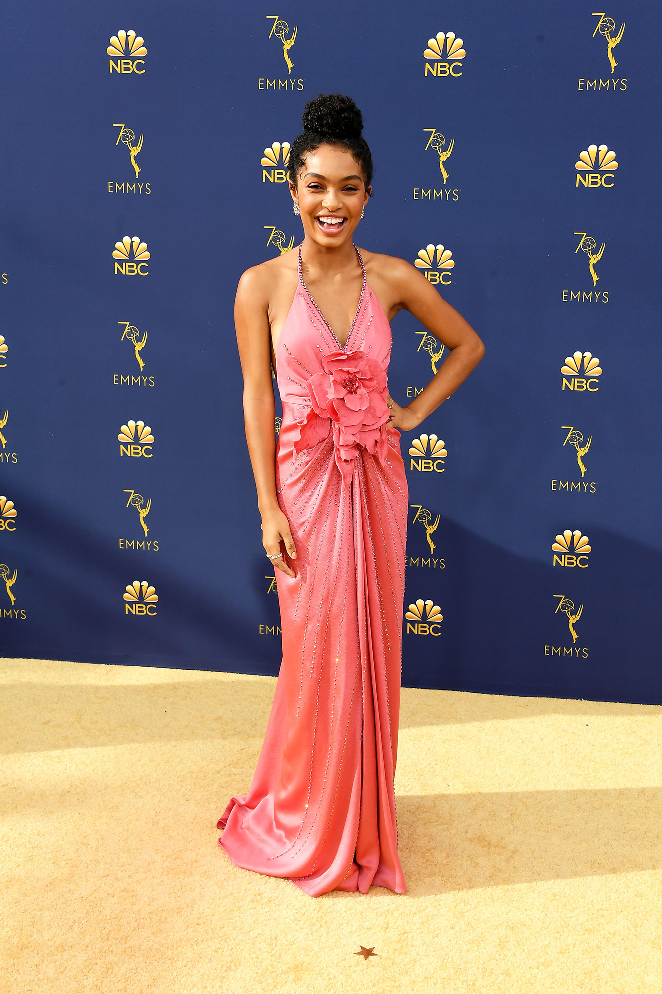 Yara Shahidi red carpet - In a crystal silk Gucci gown and $50,000 worth of Forevermark diamonds.