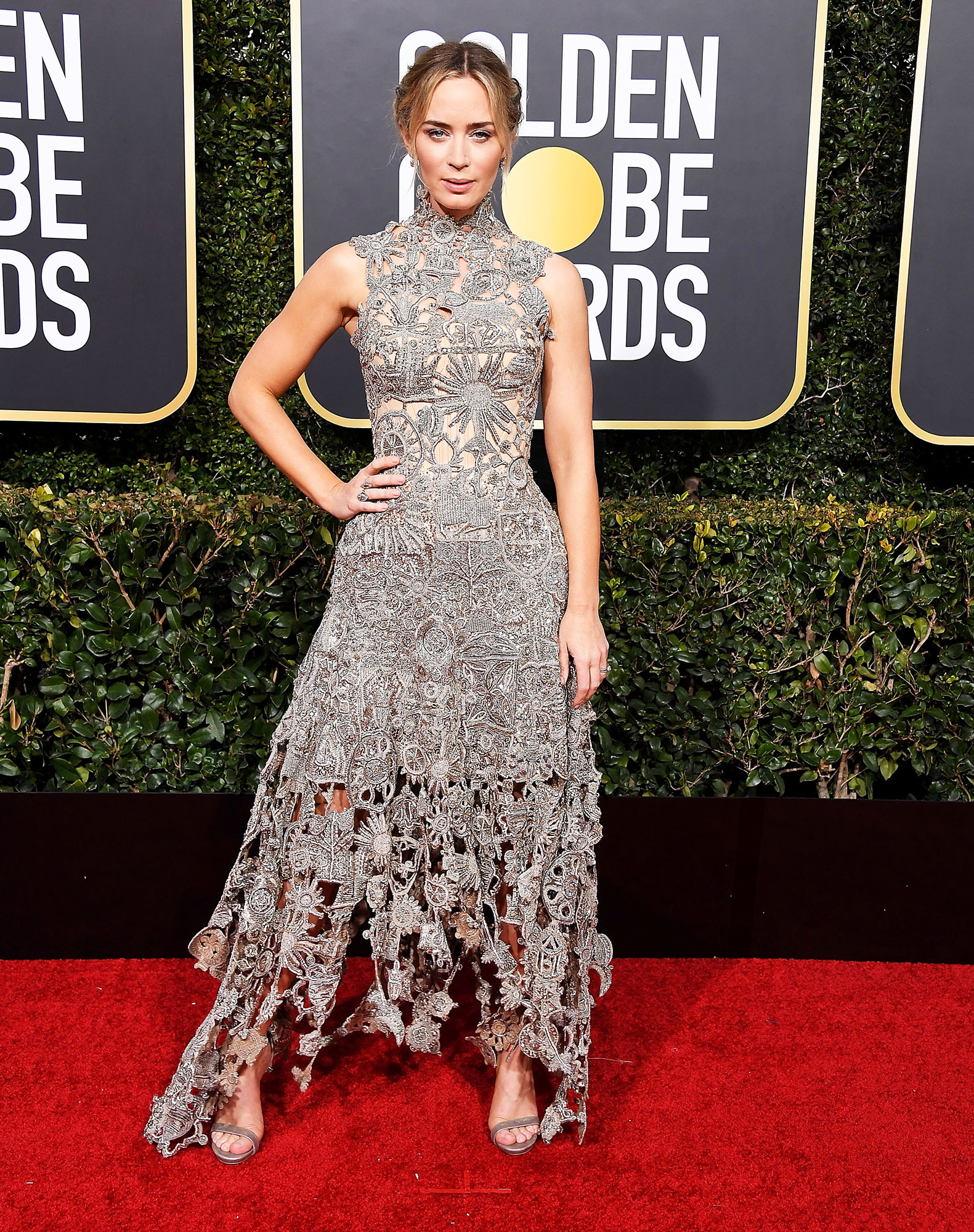 Emily Blunt arrives at the 76th Annual Golden Globe Awards - In a custom Alexander McQueen creation and Neil Lane jewels.