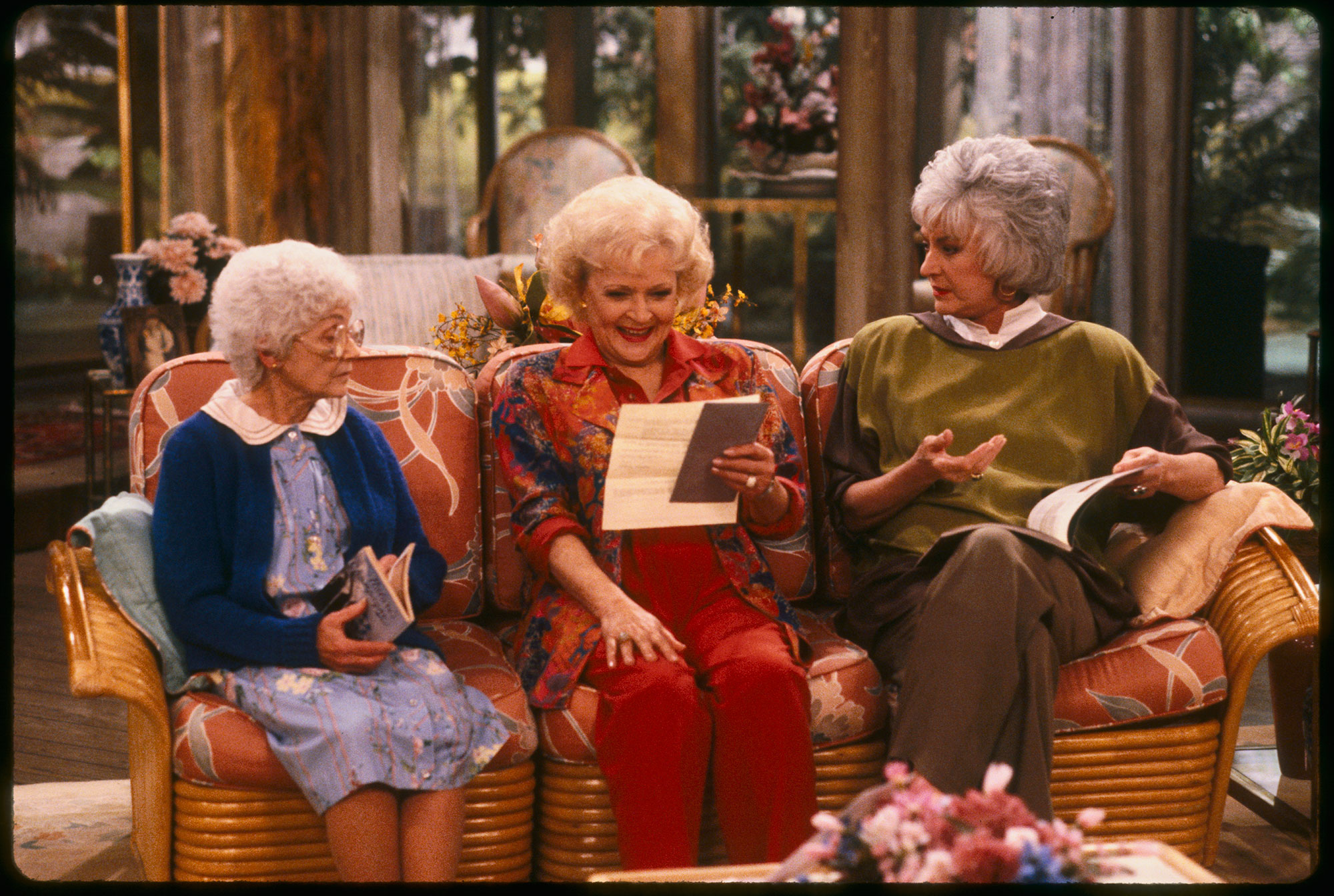 THE GOLDEN GIRLS - 9/24/85 - 9/24/92, ESTELLE GETTY, BETTY WHITE, and BEA ARTHUR - Estelle Getty, Betty White and Bea Arthur