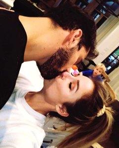Jessie James Decker 'Sneaks In' Kiss From Husband