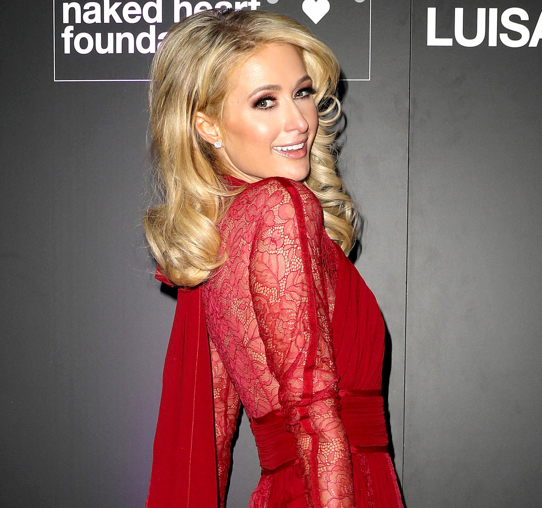 Paris Hilton Nude Photos 35