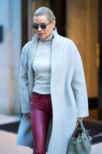 Wow! Yolanda Hadid, 55, Shares Photo Without 'Breast Implants, Fillers'