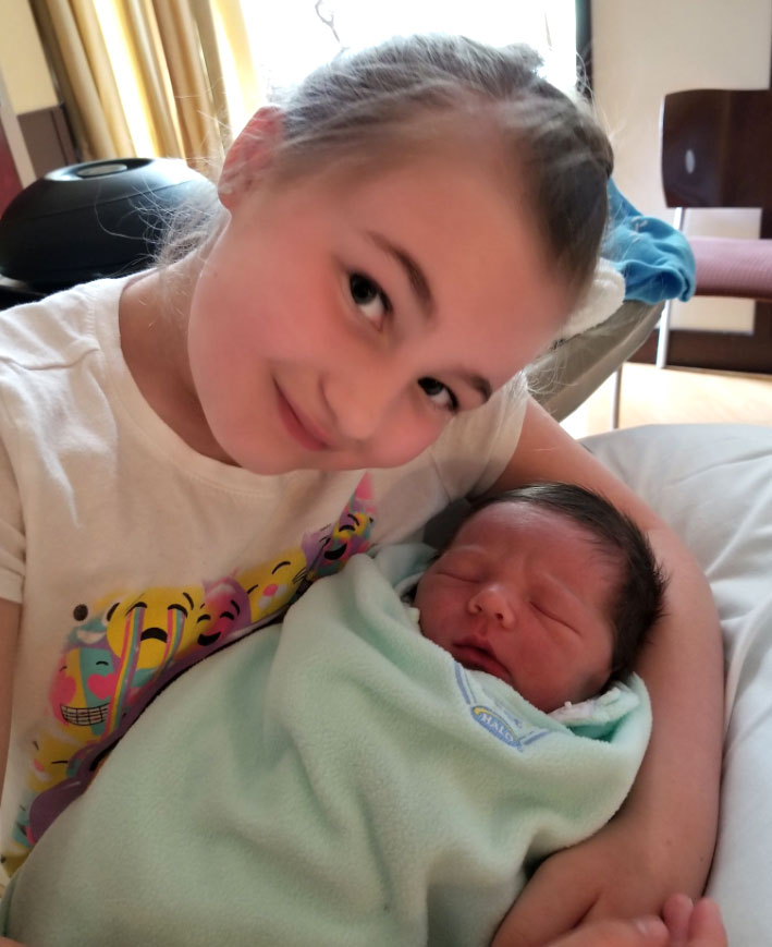 Teen Mom OG Tots: How They've Grown - Before Portwood appeared on Teen Mom, she gave birth to her daughter, Leah, on 16 and Pregnant with then-boyfriend Gary Shirley . When her son, James, arrived in May 2018, she posted a sweet pic of the baby boy with his older sister.