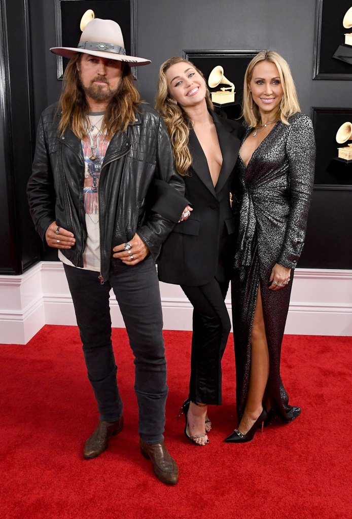 2019 Grammys Billy Ray Cyrus, Miley Cyrus and Tish Cyrus