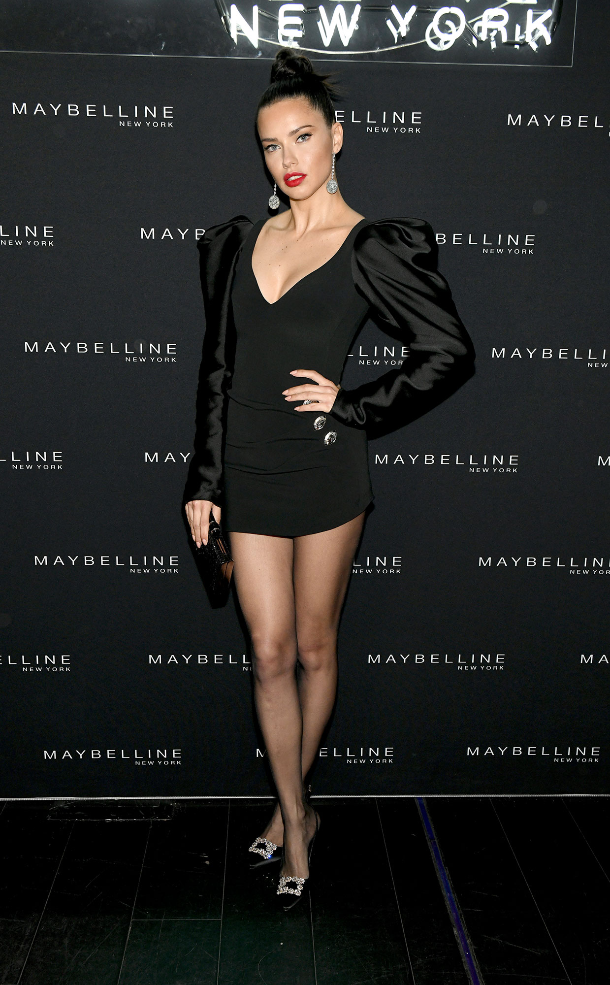 Adriana-Lima-Finds-Little-Makeup-Fingerprints-in-Her-Bathroom-for-the-Cutest-Reason-Instagram - Adriana Lima attends the Maybelline New York Fashion Week Party on February 10, 2019 in New York City.