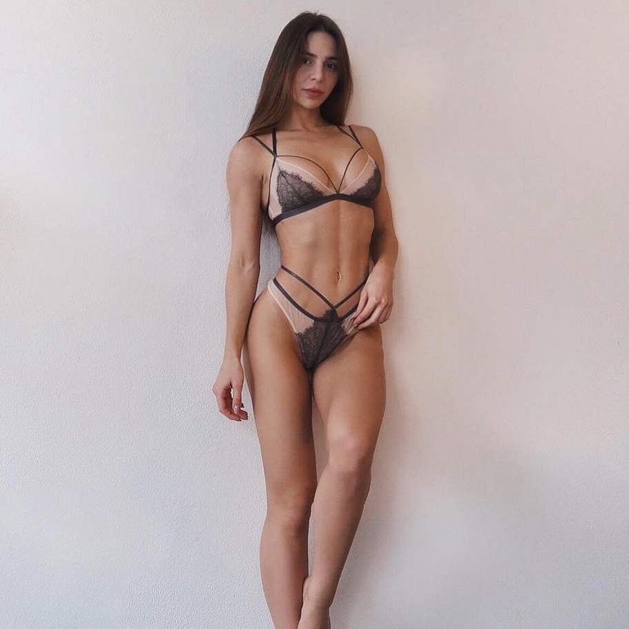 90 Day Fiance's Anfisa Nava Weight Loss: Before, After Body Photo