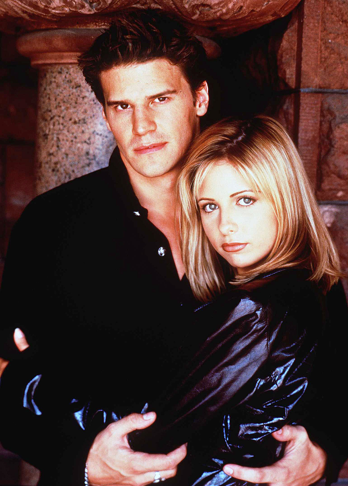 Best TV Couples Buffy The Vampire Slayer Sarah Michelle Gellar David Boreanaz - Show: Buffy the Vampire Slayer Actors: David Boreanaz and Sarah Michelle Gellar Networks: The WB and UPN Seasons: 7