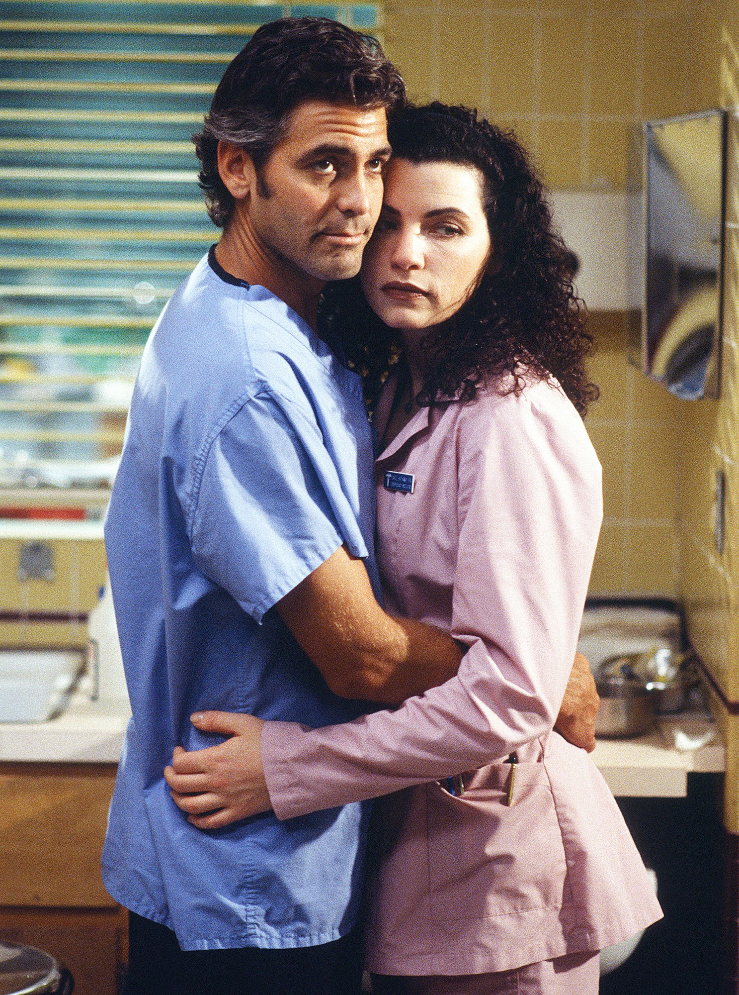 Best TV Couples ER George Clooney Julianna Margulies - Show: ER Actors: George Clooney and Julianna Margulies Network: NBC Seasons: 15