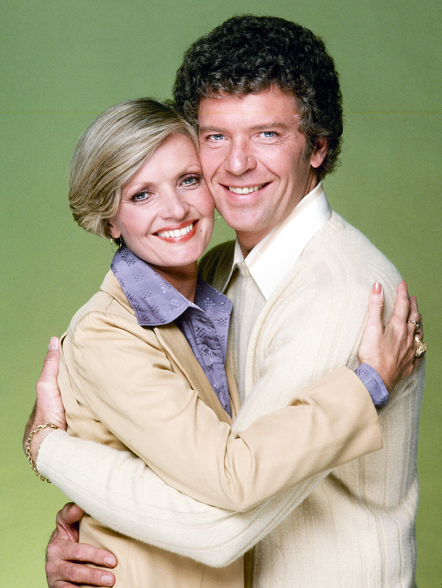 Best TV Couples The Brady Bunch FLORENCE HENDERSON ROBERT REED - Show: The Brady Bunch Actors: Florence Henderson and Robert Reed Network: ABC Seasons: 5