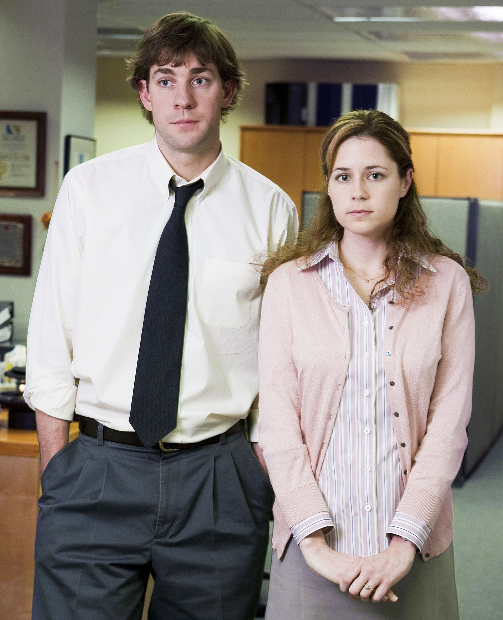 Best TV Couples The Office John Krasinski Jenna Fischer - Show: The Office Actors: John Krasinski and Jenna Fischer Network: NBC Seasons: 9