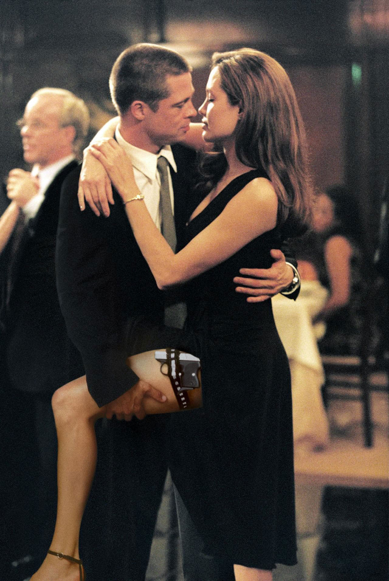 Brad Pitt and Jennifer Aniston Relationship Timeline - The Fight Club star met Angelina Jolie on the set of Mr. & Mrs. Smith .