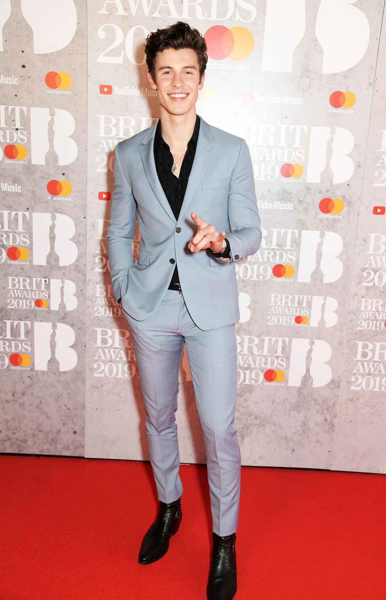 a4ae49d55a264 Brit Awards 2019 Red Carpet Fashion  Best Dressed Celebs