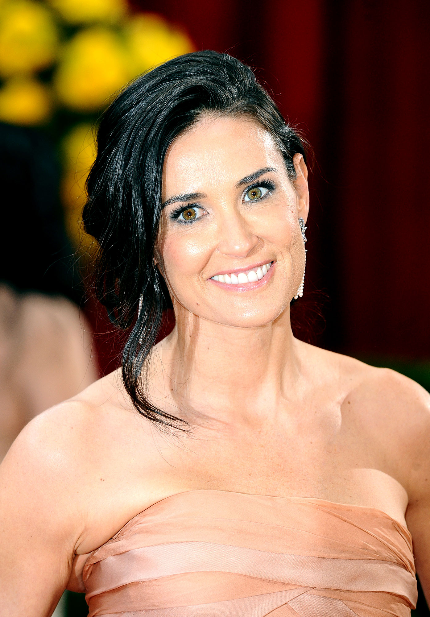 Demi Moore - Stars Who Have Never Won Oscars - Not even Moore 's grueling stint as soldier Jordan O'Neil in G.I. Jane convinced the Academy to hand over a golden statue to her — or even nominate her for one, for that matter.