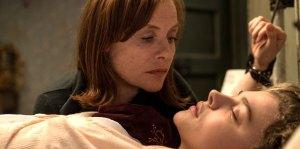 'Greta' Trailer: Chloe Grace Moretz Discovers a Dark Secret