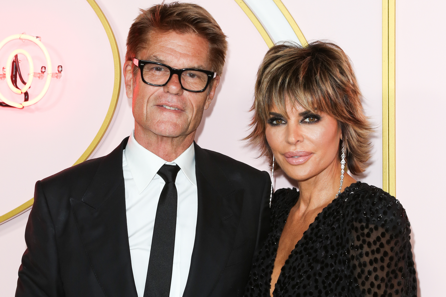 Harry Hamlin and Lisa Rinna Respond to Nicollette Sheridan's Cheating Denial - Harry Hamlin and Lisa Rinna attend the Amazon Prime Video post 2018 Emmy Awards party at Cecconi's on September 17, 2018 in West Hollywood, California.