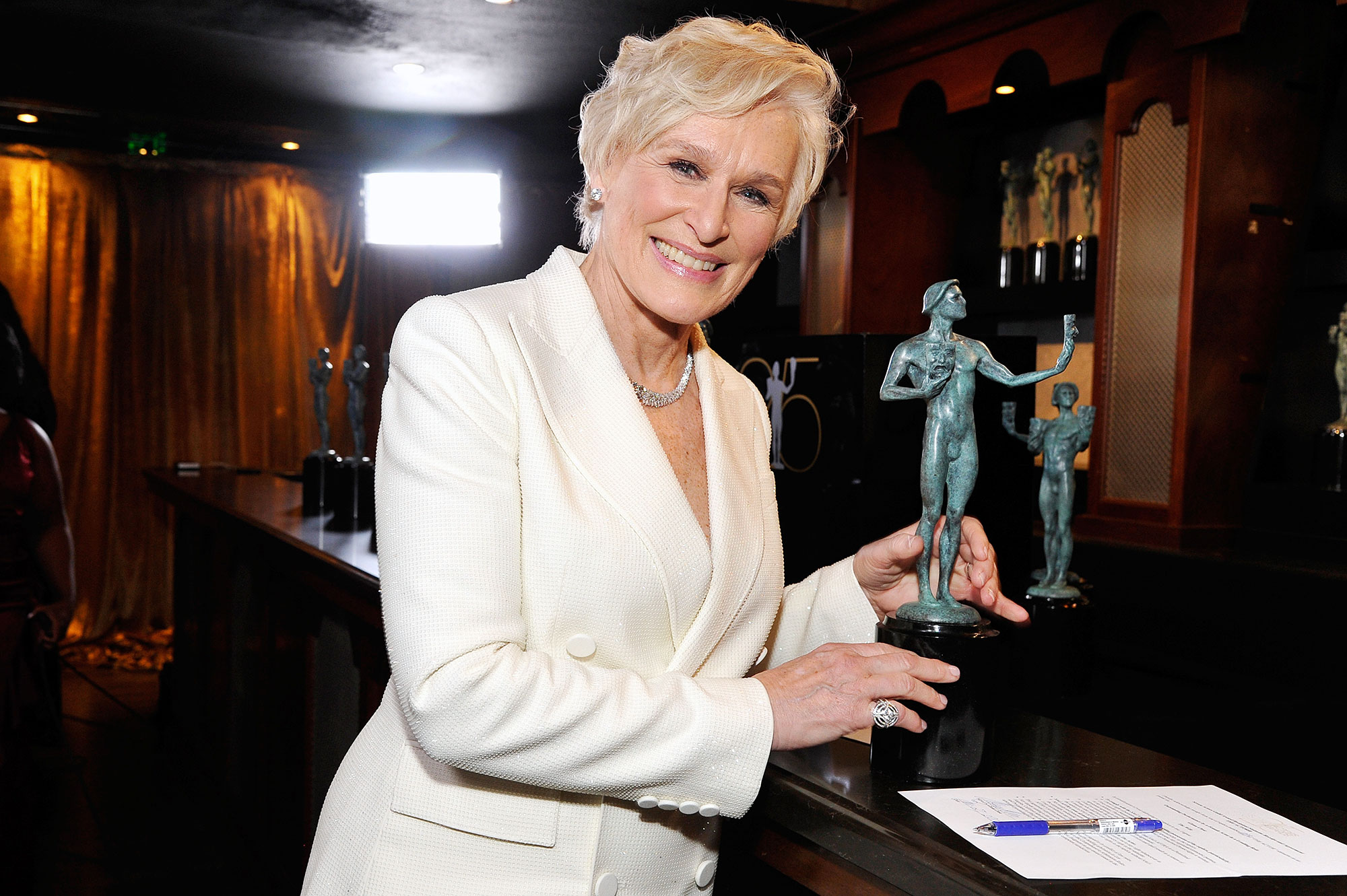 Glenn Close Oscars Rituals Grandmothers Ring - Glenn Close attends the 25th Annual Screen Actors Guild Awards at The Shrine Auditorium on January 27, 2019 in Los Angeles