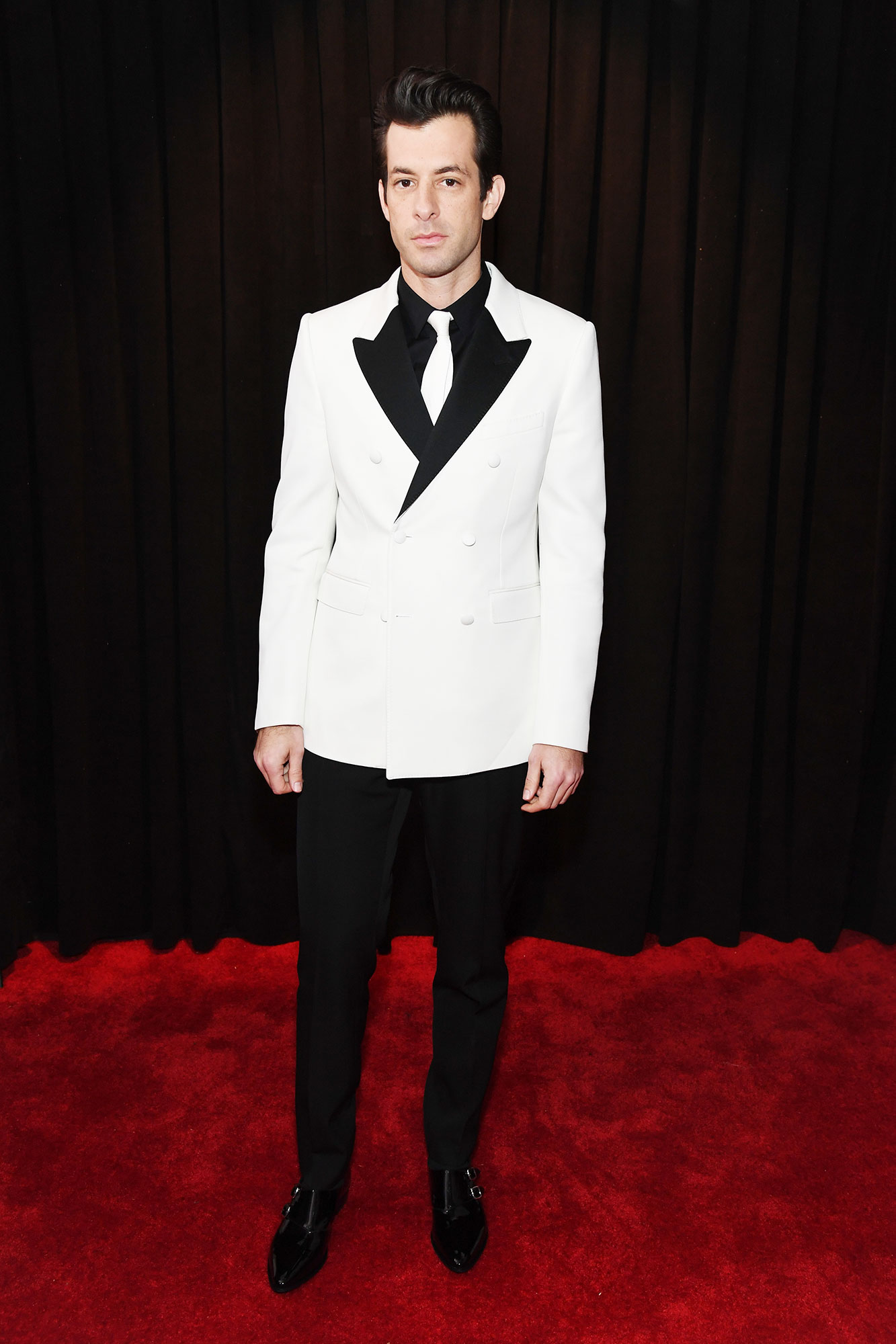 Mark Ronson grammys 2019 - The Grammy winner looked sharp in a black and white Celine suit.