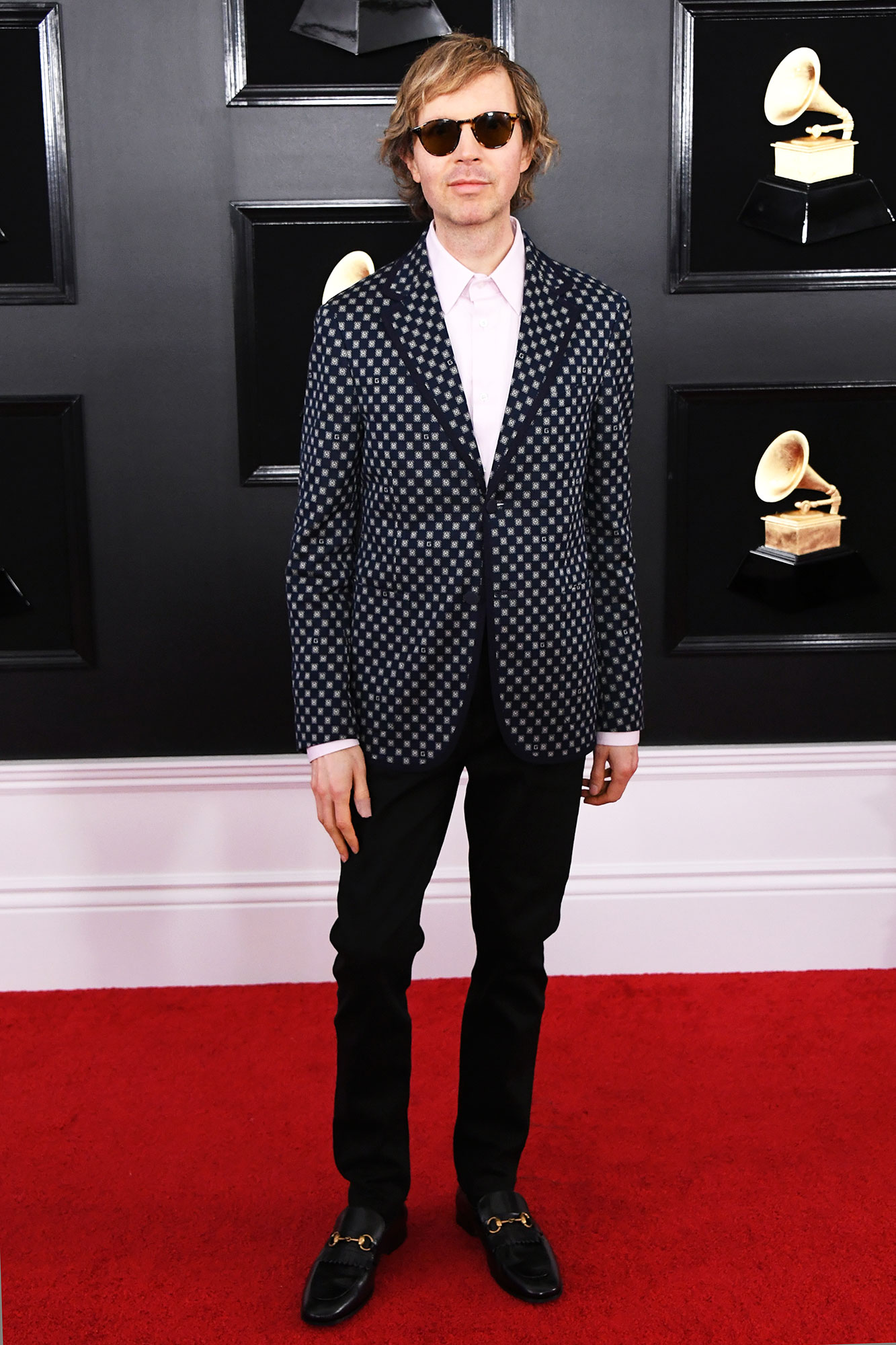 grammys 2019 Beck - A pattered blazer proved to be the ultimate finishing touch to the singer's sharp style.