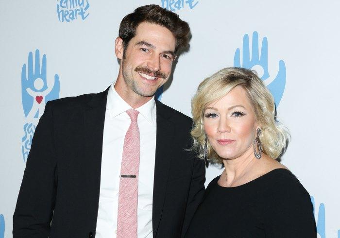 Jennie Garth's Husband Dave Abrams Withdraws Divorce Petition