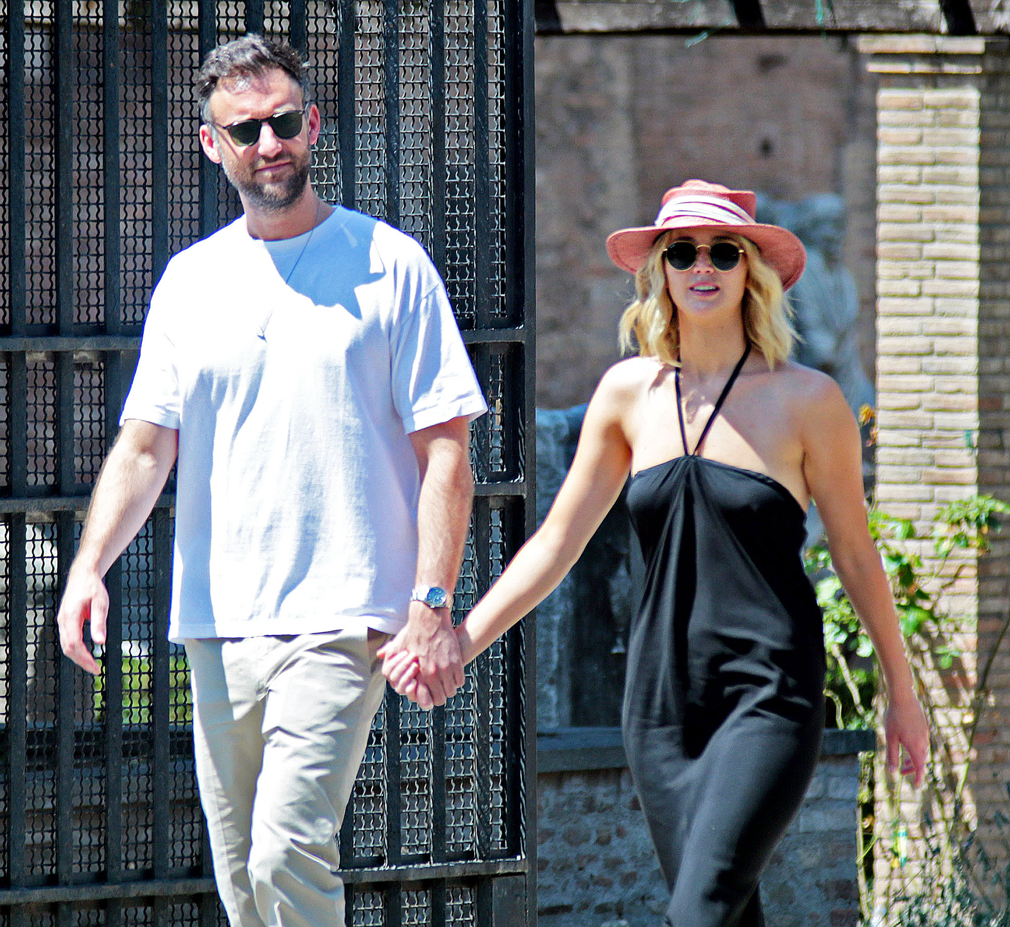 Jennifer Lawrence Engagement Rumors Cooke Maroney Diamond Ring