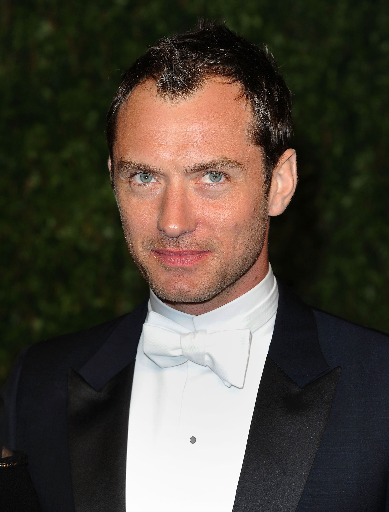 Jude Law - Stars Who Have Never Won Oscars - Law has struck out two times in the Oscar-winning department: The Alfie star lost out for Best Actor in a Leading Role for Cold Mountain in 2003 and Best Actor in a Supporting Role for The Talented Mr. Ripley in 1999.