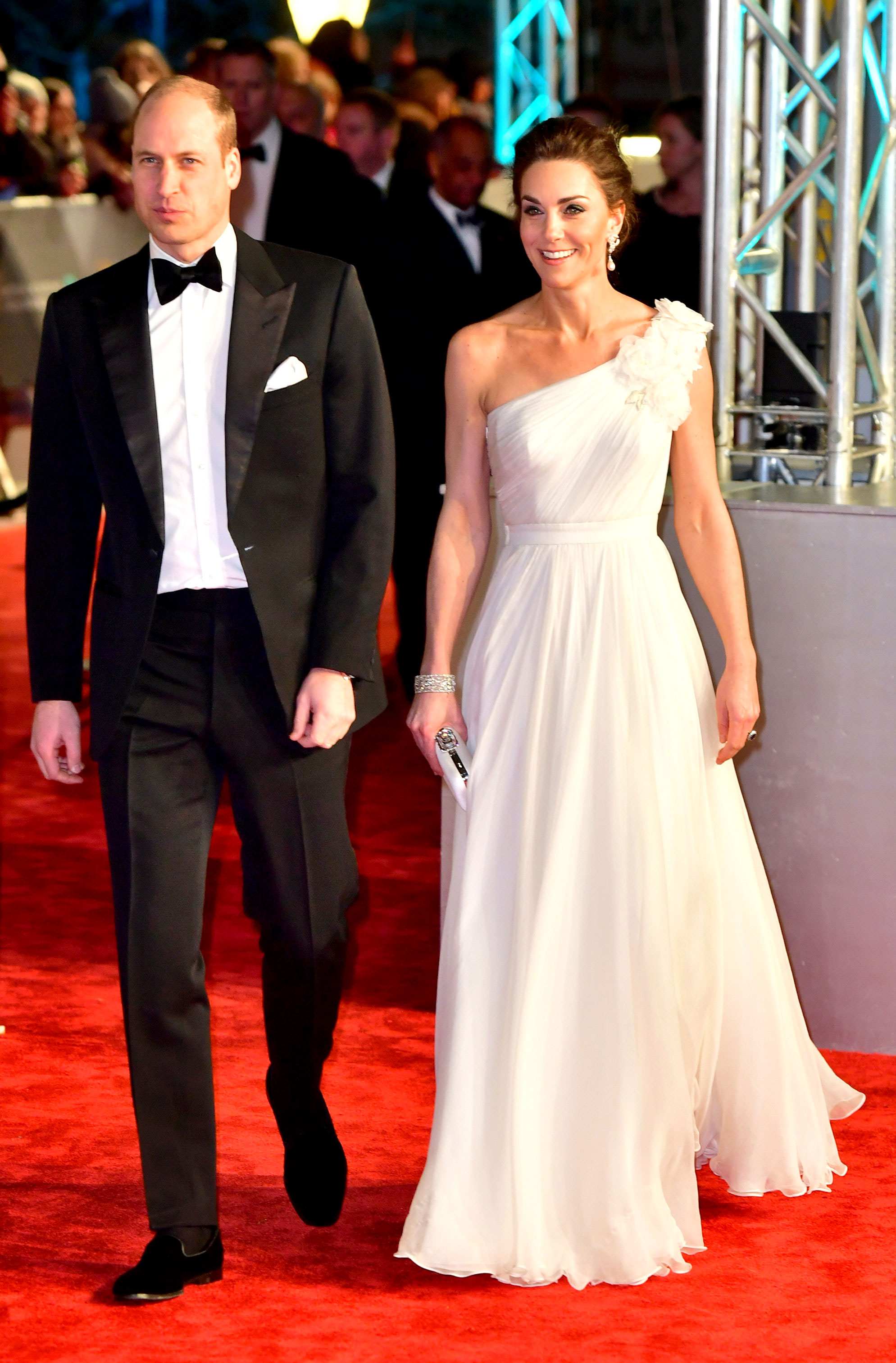 Kate Middleton Stuns at the BAFTAs - Prince William, Duke of Cambridge and Catherine, Duchess of Cambridge arrive at the EE British Academy Film Awards at the Royal Albert Hall on February 10, 2019 in London, England.