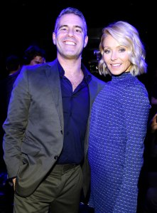 Kelly Ripa FaceTimed Andy Cohen Naked While He Was in Public