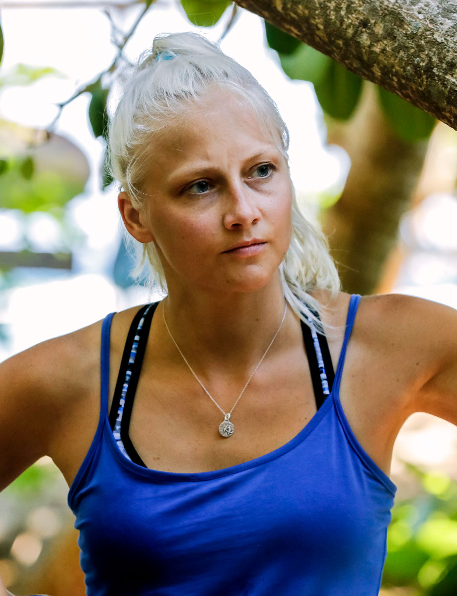 Jeff Probst Spills Secrets of 'Survivor: Edge of Extinction,' Predicts Who Will Win - Kelly Wentworth on the premiere of 'SURVIVOR: Edge of Extinction'.