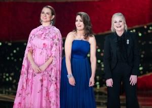 Maya-Rudolph,-Amy-Poehler-and-Tina-Fey-oscars-2019-host-2