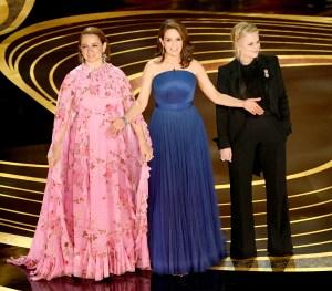 Maya-Rudolph,-Amy-Poehler-and-Tina-Fey-oscars-2019-host