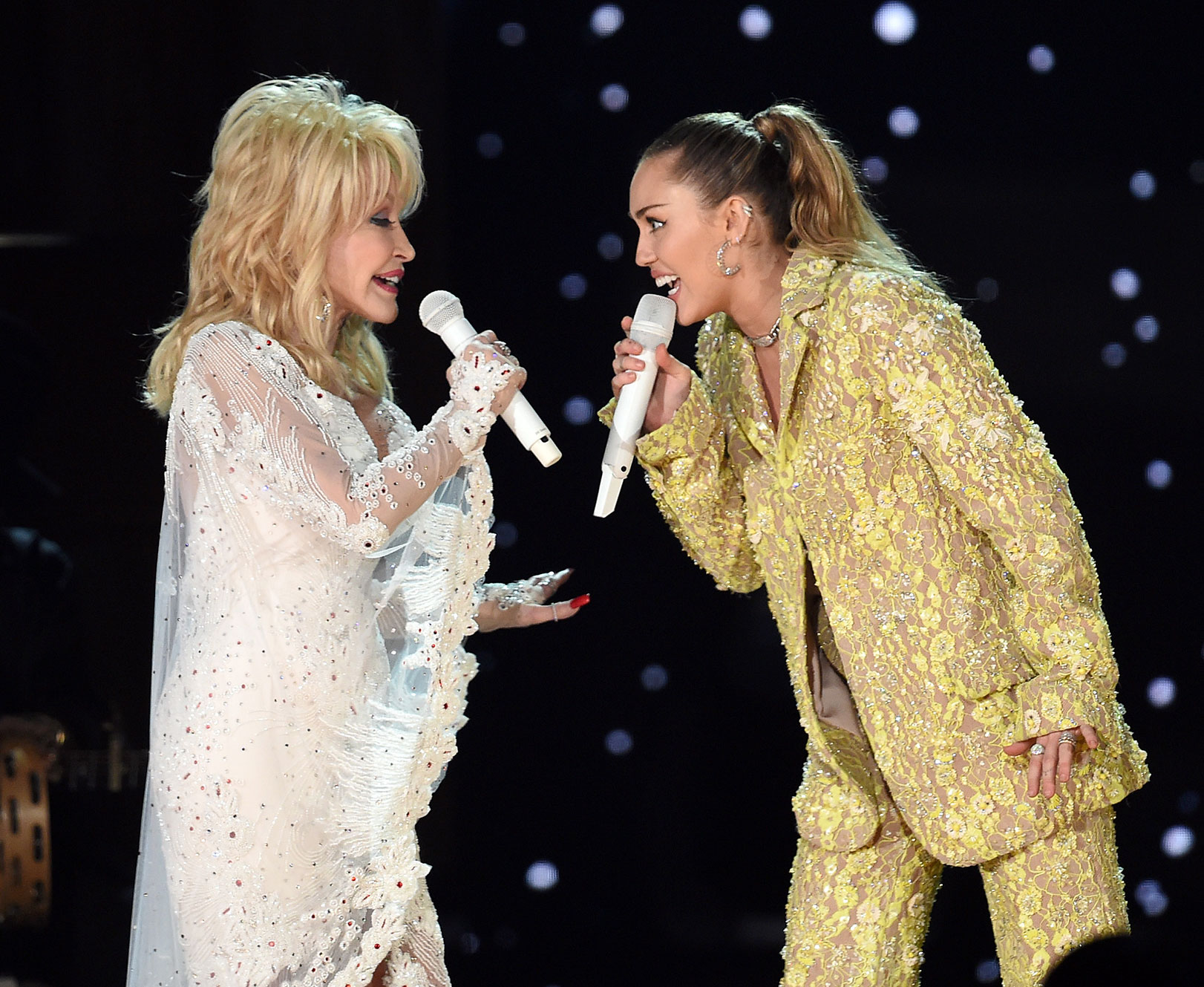 bbf7104757ff Miley Cyrus, Katy Perry and More Pay Incredible Tribute to Dolly Parton at  the Grammy Awards 2019