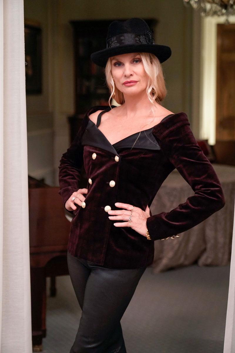 Nicollette Sheridan Is Leaving Dynasty - Nicollette Sheridan as Alexis in 'Dynasty'.
