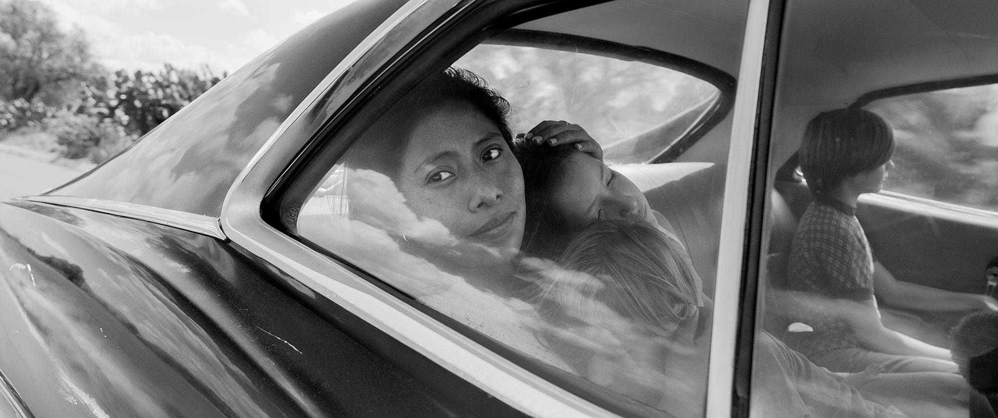 "Oscars 2019 Cinematography Alfonso Cuaron - ""Cold War,"" Lukasz Zal ""The Favourite,"" Robbie Ryan ""Never Look Away,"" Caleb Deschanel ""Roma,"" Alfonso Cuarón ""A Star Is Born,"" Matthew Libatique"
