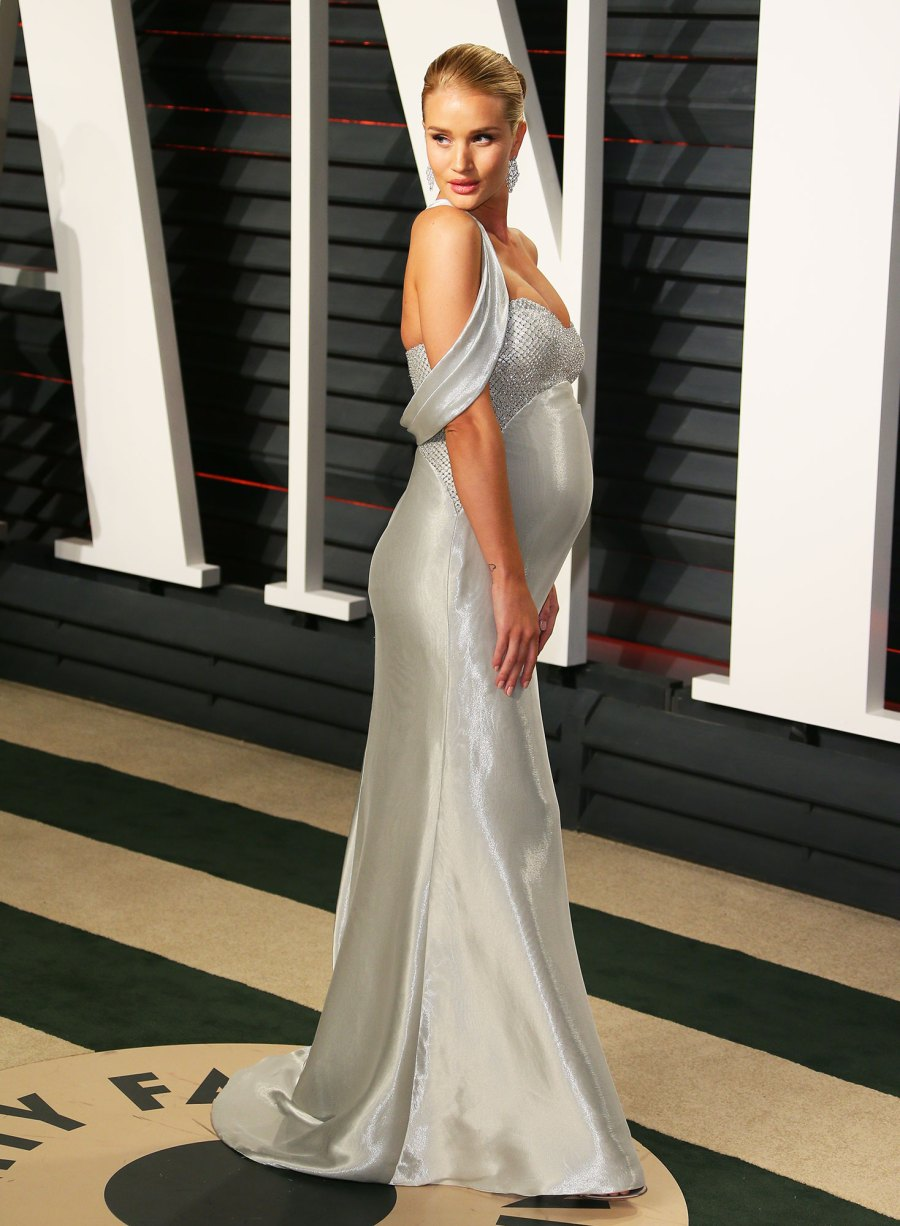 Rosie Huntington-Whiteley Pregnant Celebrities Showing Off Their Baby Bumps on the Oscars Red Carpet