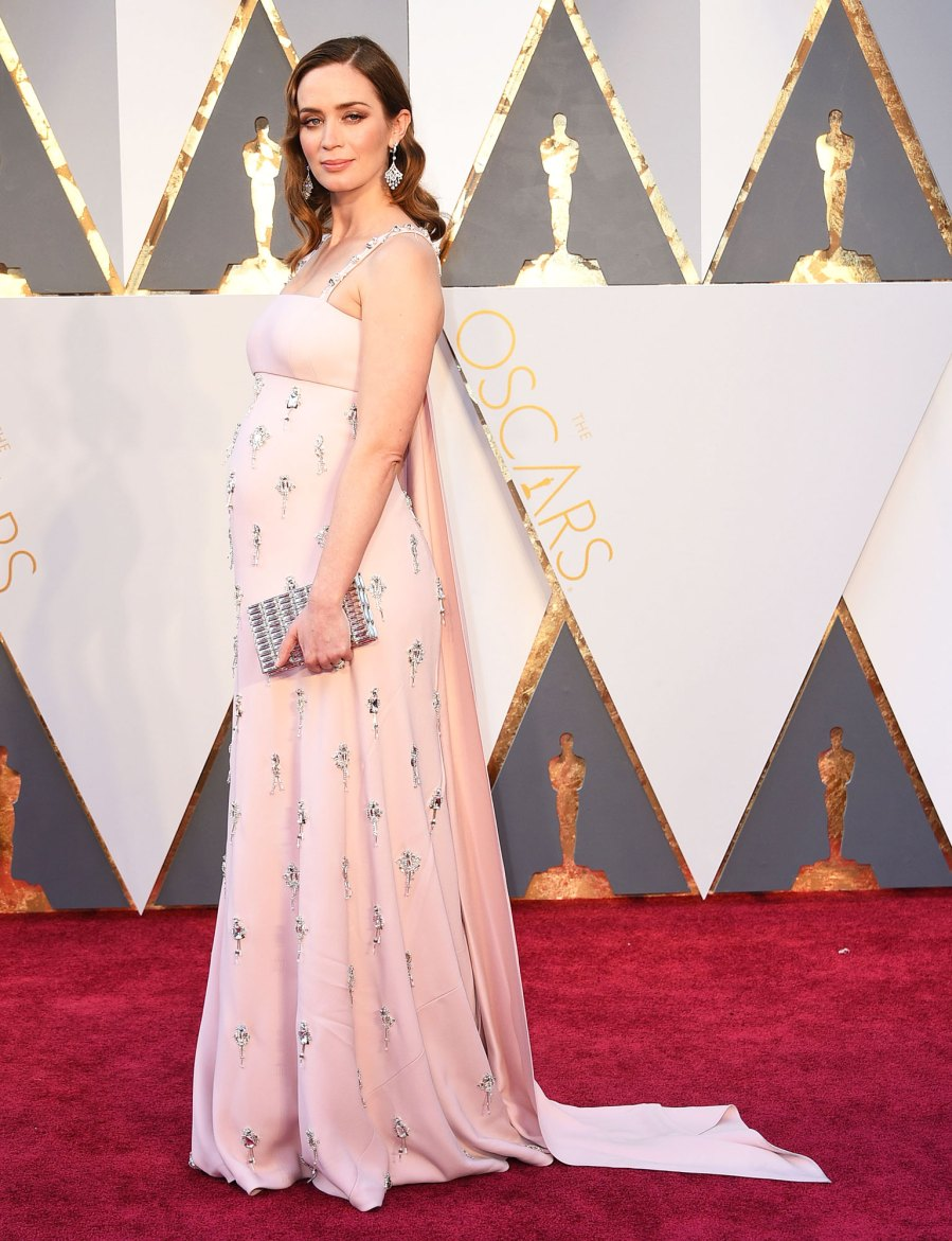 Emily Blunt Pregnant Celebrities Showing Off Their Baby Bumps on the Oscars Red Carpet