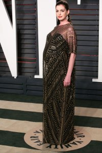 Anne Hathaway Pregnant Celebrities Showing Off Their Baby Bumps on the Oscars Red Carpet