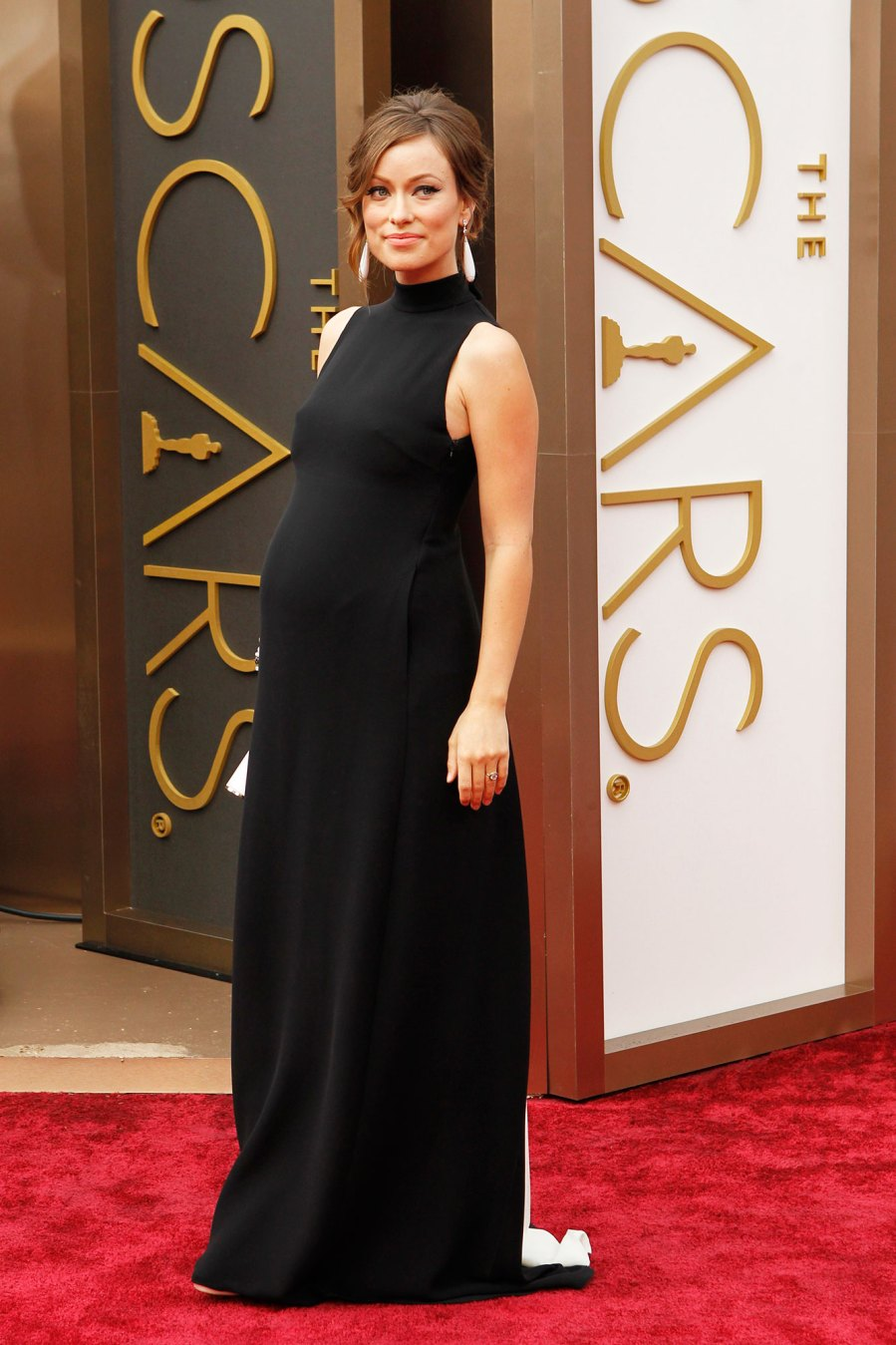 Olivia Wilde Pregnant Celebrities Showing Off Their Baby Bumps on the Oscars Red Carpet