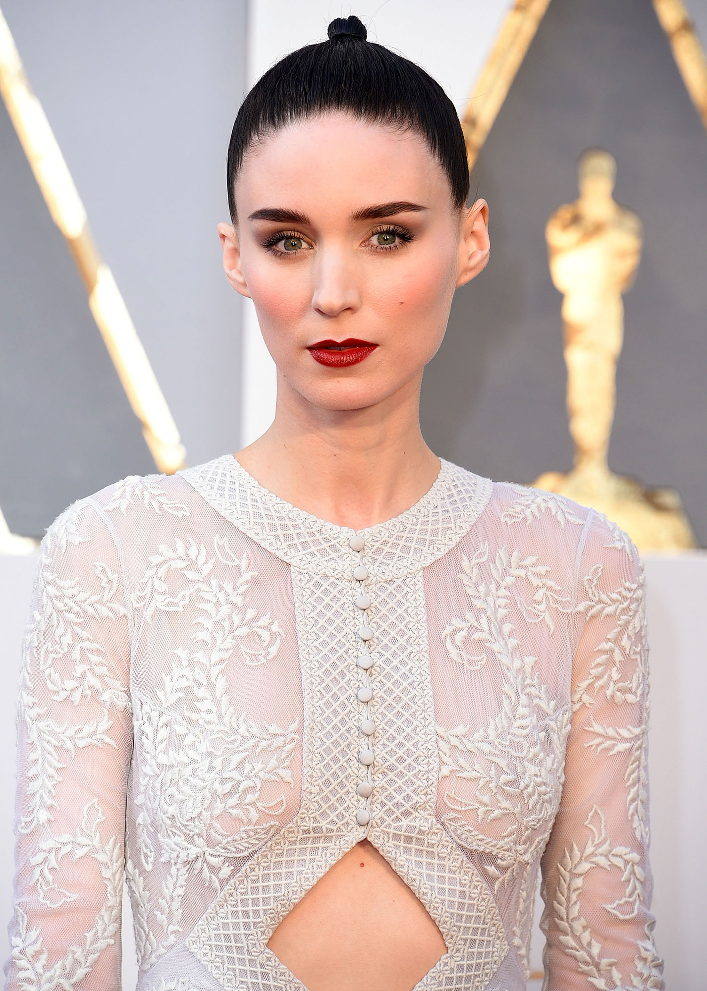 Rooney Mara - Stars Who Have Never Won Oscars - The girl with two Oscar nominations — one for 2015's Carol and another for 2011's The Girl With the Dragon Tattoo — is also the girl with no statues to speak of. Mara is still waiting on her first win.