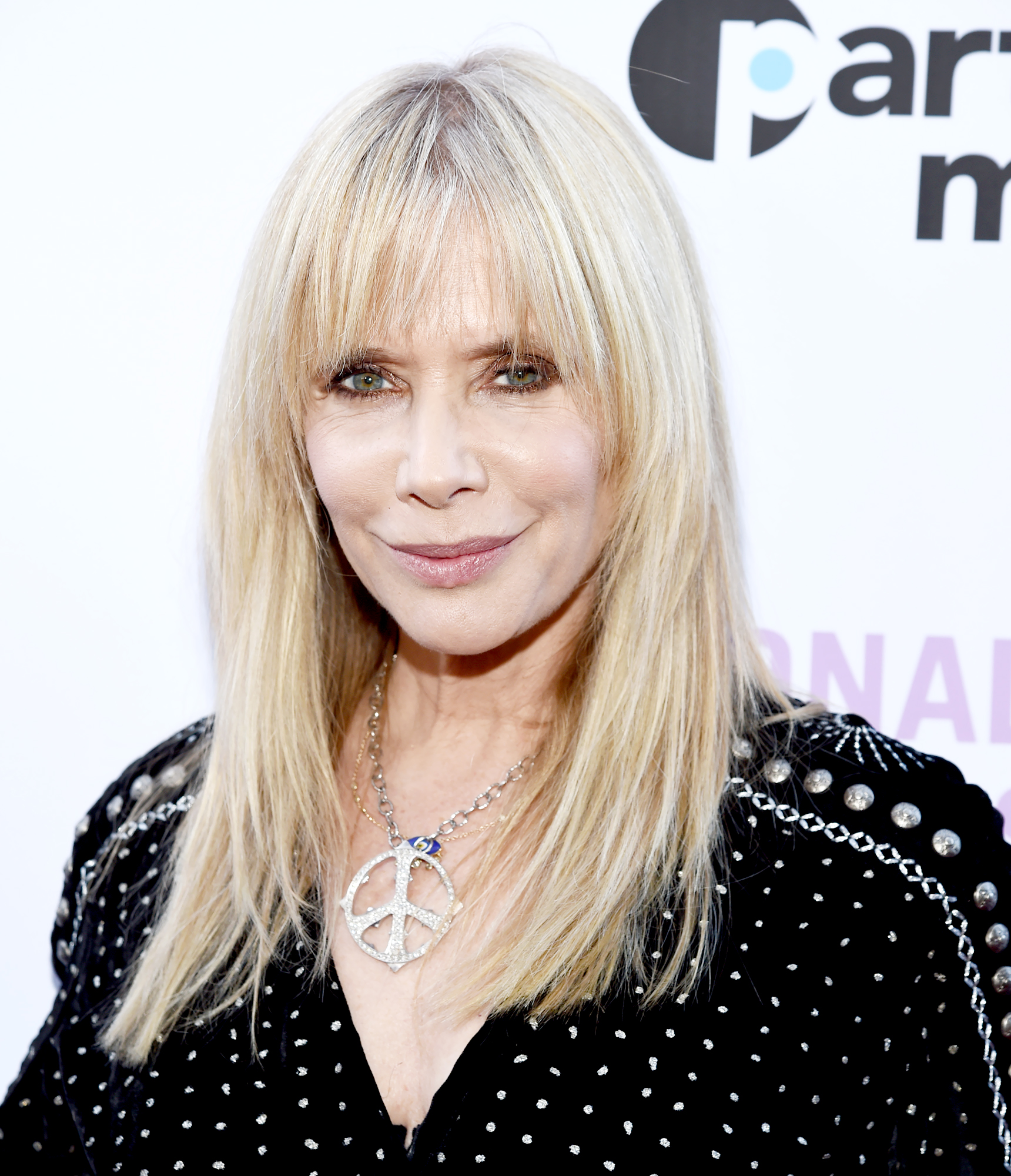 """Rosanna-Arquette-talks-Niece-Coco - Rosanna Arquette arrives at the National Domestic Workers Alliance Celebrates """"ROMA"""" event at The Jane Club on February 24, 2019 in Los Angeles, California."""