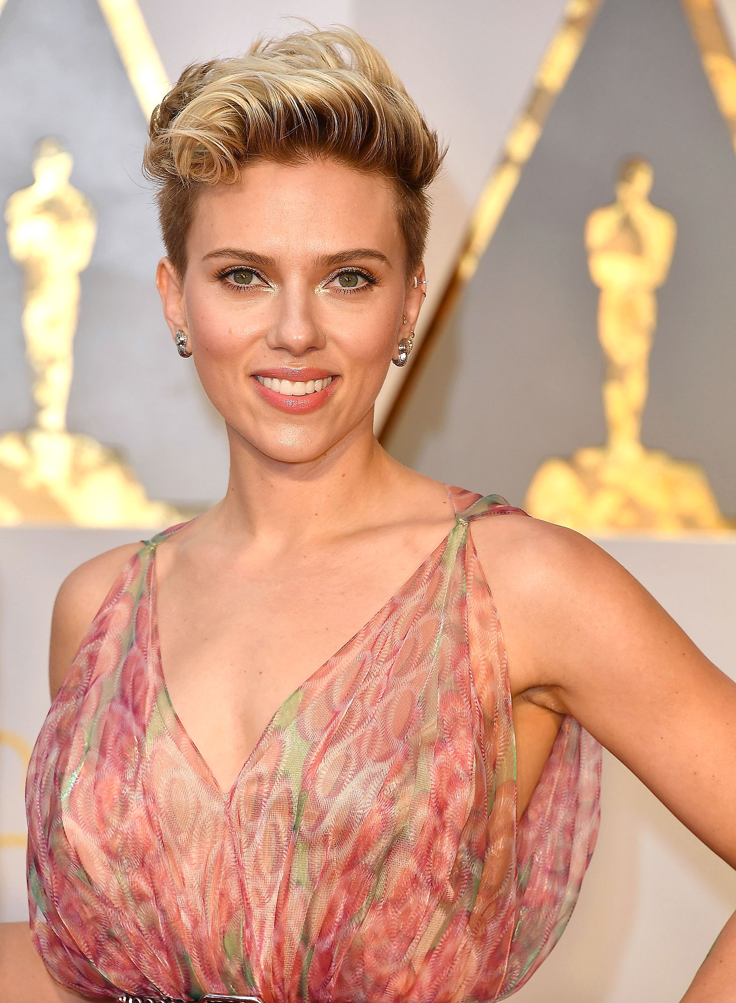 Scarlett Johansson - Stars Who Have Never Won Oscars - Johansson may have a massive contract for her Marvel films (she's been a part of the franchise since 2010), but the one thing this superhero doesn't have is an Oscar. In fact, the Match Point star has never even been nominated.