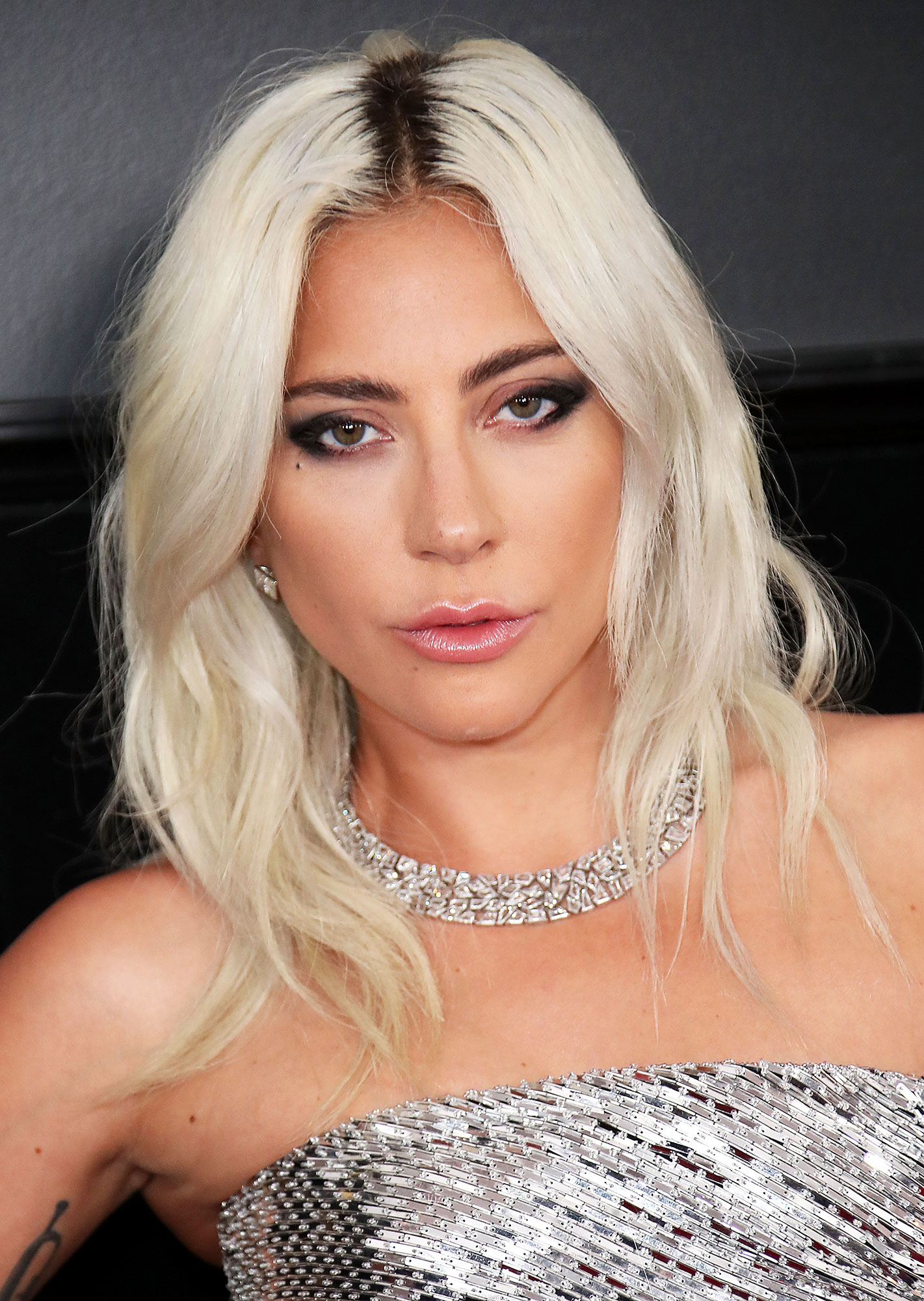 Lady Gaga - The way to get a morning-after mane the night of a la Mother Monster? By alternating between two different wave patterns, as hair pro Frederic Aspiras did for the star at the 2019 Grammys.