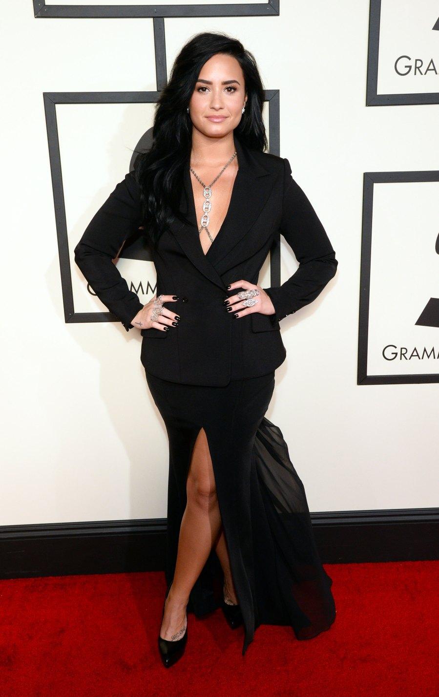 Demi Lovato 2016 Grammys