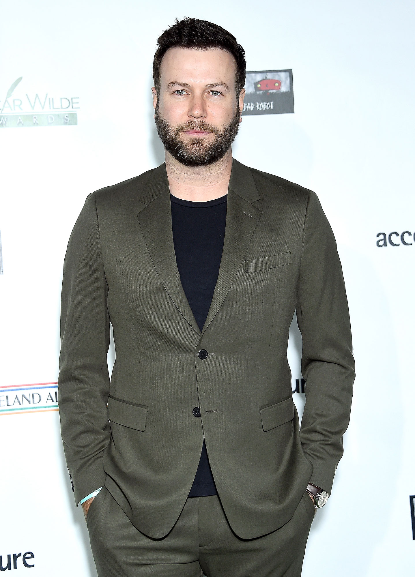 Taran Killam Reveals How and Where He and Wife Cobie Smulders 'Fell in Love' - Taran Killam attends the US-Ireland Alliance 14th Annual Oscar Wilde Awards at Bad Robot on February 21, 2019 in Santa Monica, California.