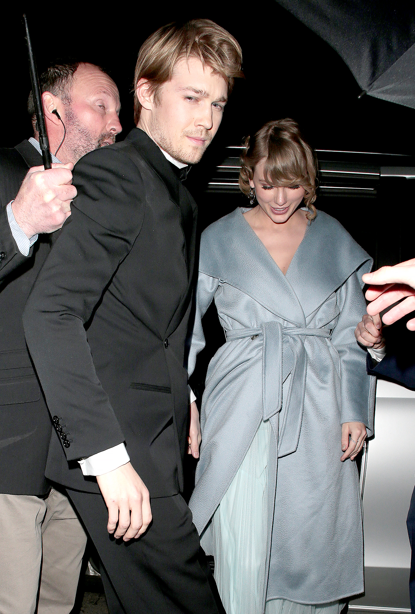 "Taylor-Swift-Joe-Alwyn-bafta-after-party-2 - The pair remained underneath an umbrella as they exited a car. ""Joe is very keen on proposing soon ,"" an insider told Us in December 2018."