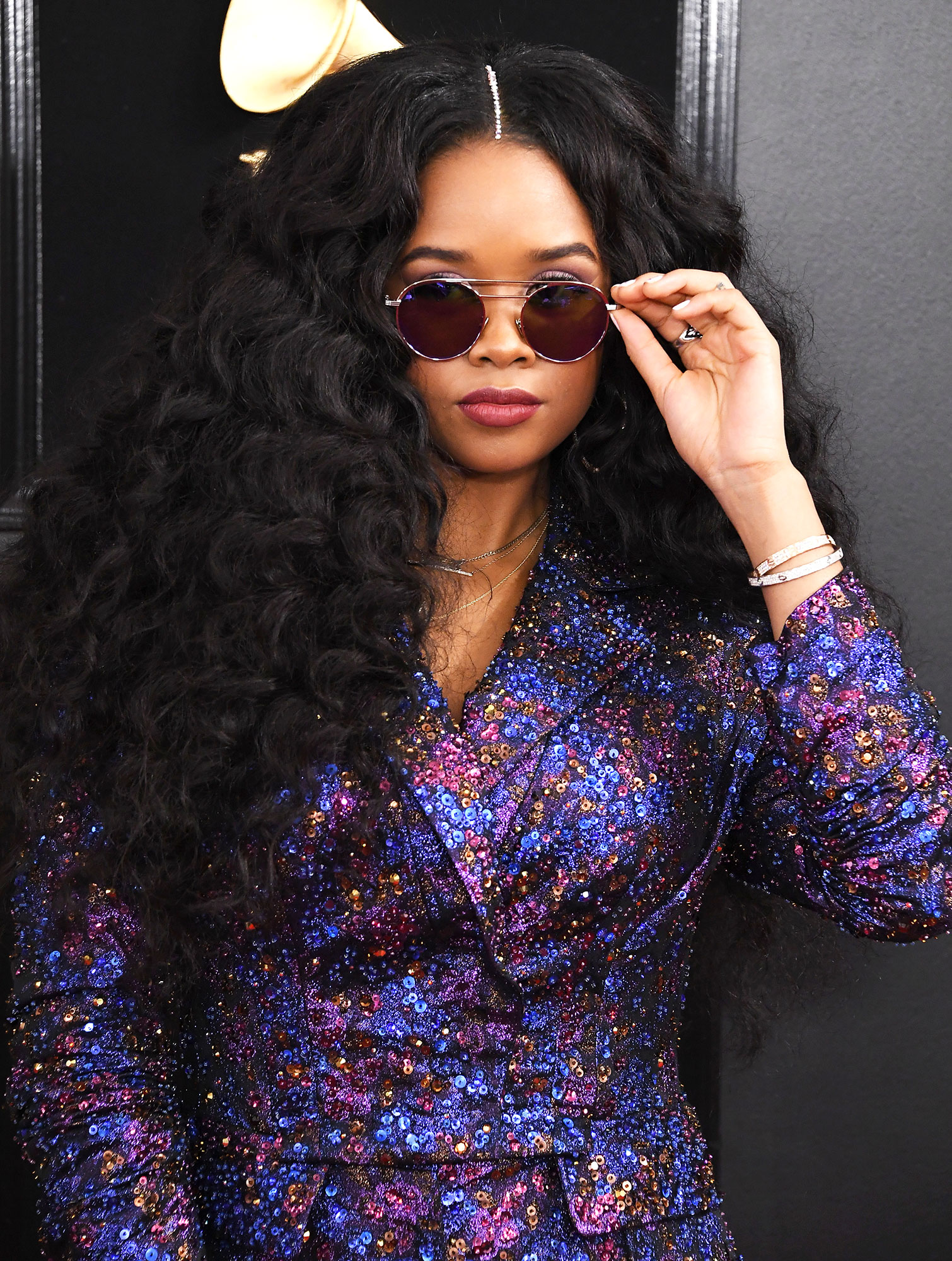 grammys 2019 H.E.R. - H.E.R. arrives at the 61st Annual GRAMMY Awards at Staples Center on February 10, 2019 in Los Angeles, California.