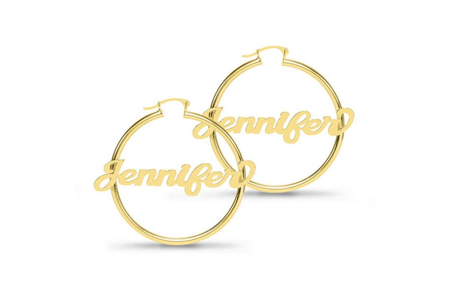 JLo¹s Personalized Earrings Are the New Nameplate Necklace