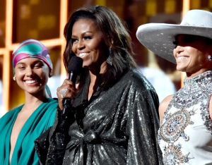 michelle-obama-surprise-appearance-grammys-2019
