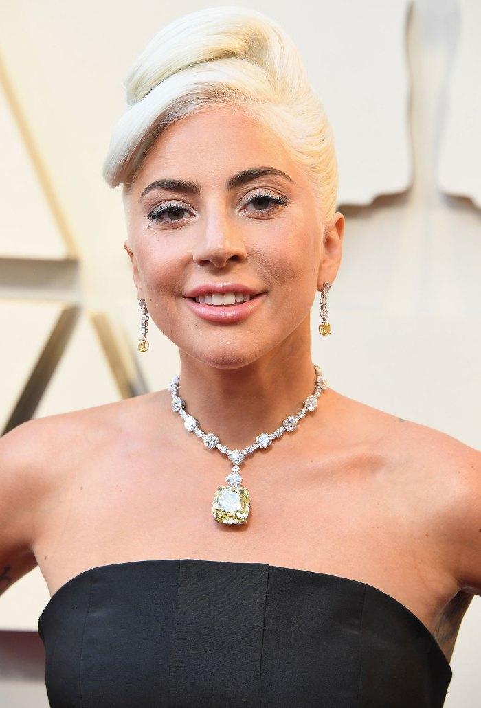 oscars 2019 Lady Gaga Lady Gaga's 2019 Oscars Necklace Looks Just Like the One Kate Hudson's