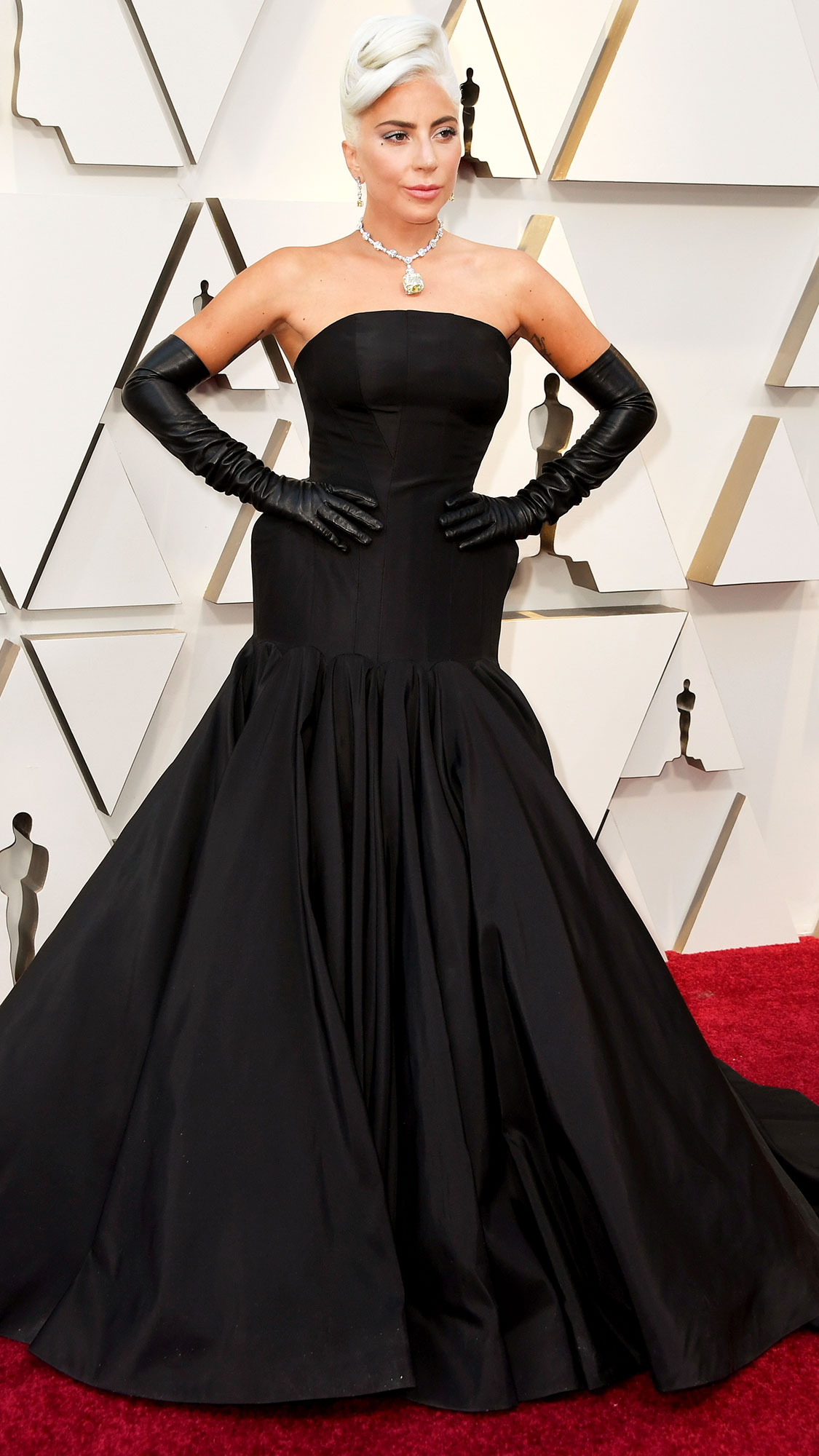 c8073155a Oscars 2019 Red Carpet Fashion: See Celeb Dresses, Gowns