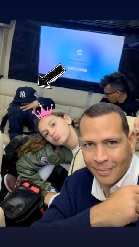 Jennifer Lopez, Alex Rodriguez Take Their Kids to a Yankees Game - Alex Rodriguez